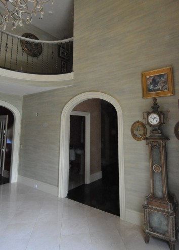 foyer horizontal banding wall glaze - private residence - needham, ma
